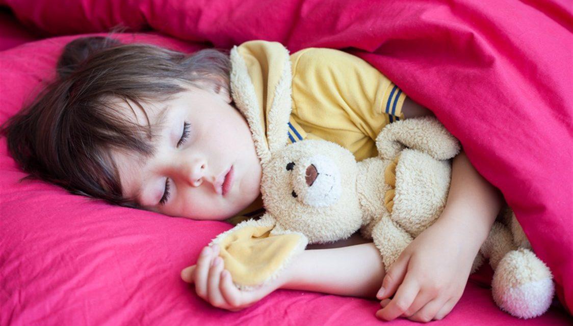 أفضل النصائح لمساعدتك على التخلص من اضطرابات النوم عند طفلك